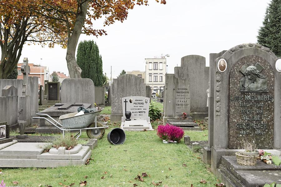 """""""Wij kennen de graven bij naam"""""""