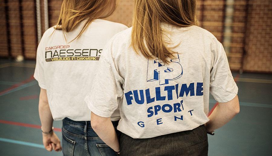 Jongeren dragen steeds vaker reclamekleding: gratis is het nieuwe cool