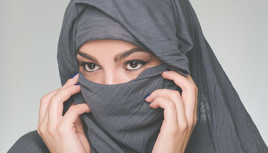 """Het Saudische segregatie-effect: """"Vrouwen vrijen met vrouwen, mannen met mannen"""""""